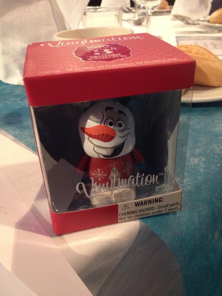 More Details On Disneyland Paris Exclusive Olaf Vinylmation
