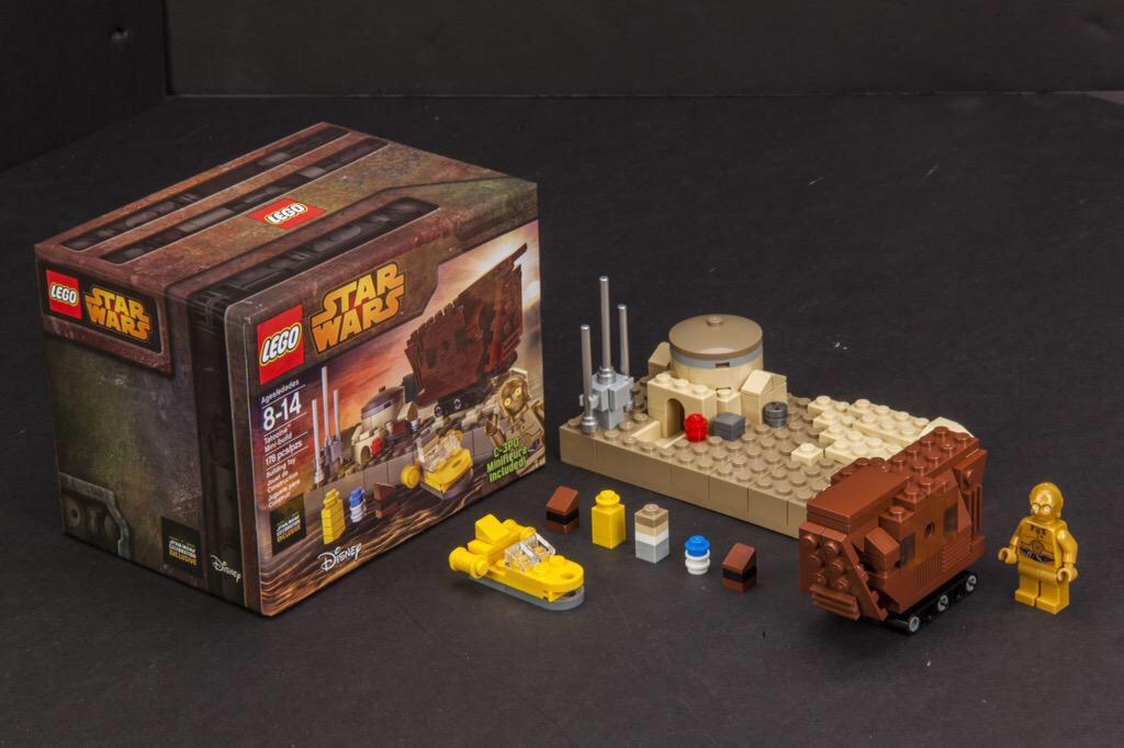 LEGO Star Wars Tatoonie Set Released At Star Wars Celebration