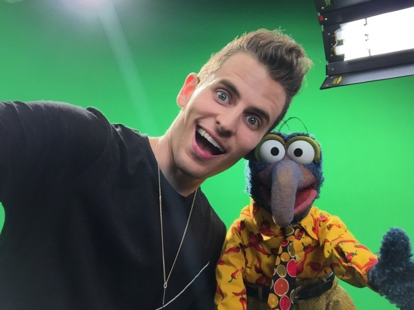 The Muppets and Top YouTube Stars Make Inspirational, Celebrational, Muppetational Videos at YouTube Space LA