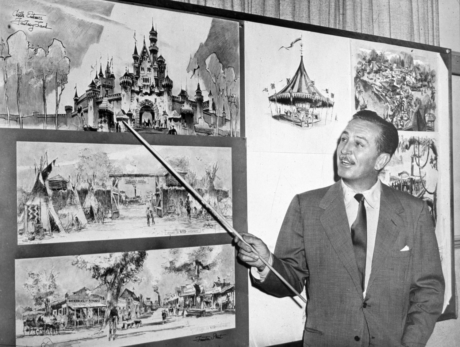 Drawing Disneyland: The Early Years
