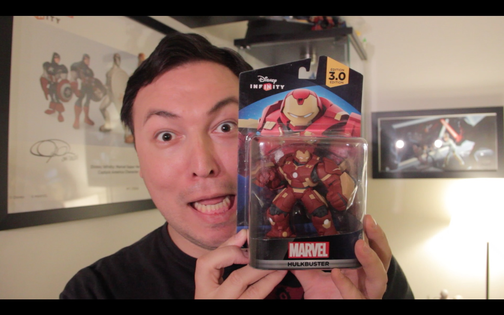 Hulkbuster Figure Unboxing!