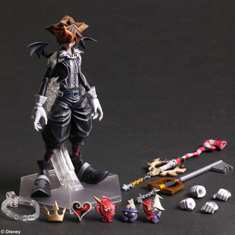 Kingdom Hearts Halloween Town Sora Play Arts Figure Coming Soon