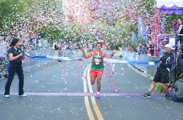 2015 Avengers Half Marathon First Male Close Hor 640 215 420 Diskingdom Com Disney Marvel