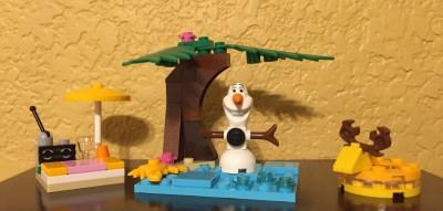 LEGO Disney Princess Olaf's Summertime Fun (30397) Review