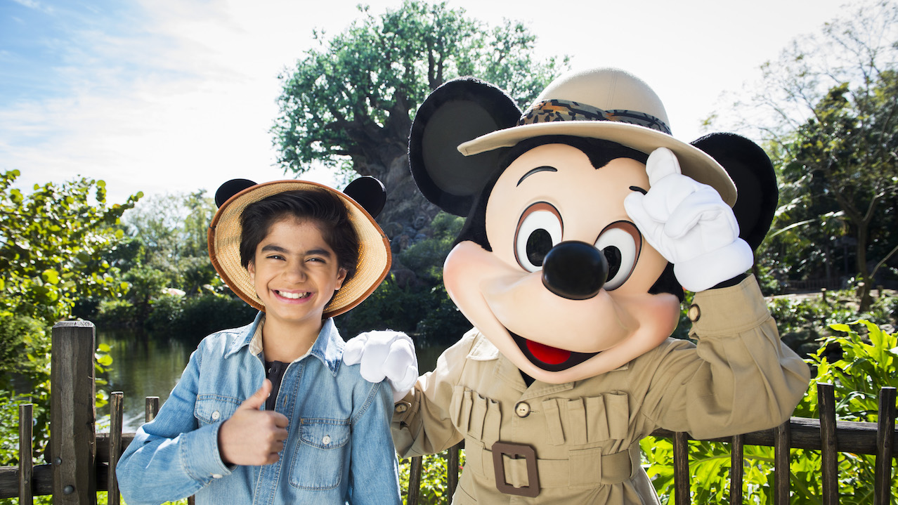 'The Jungle Book' Actor Neel Sethi Visits Disney's Animal Kingdom