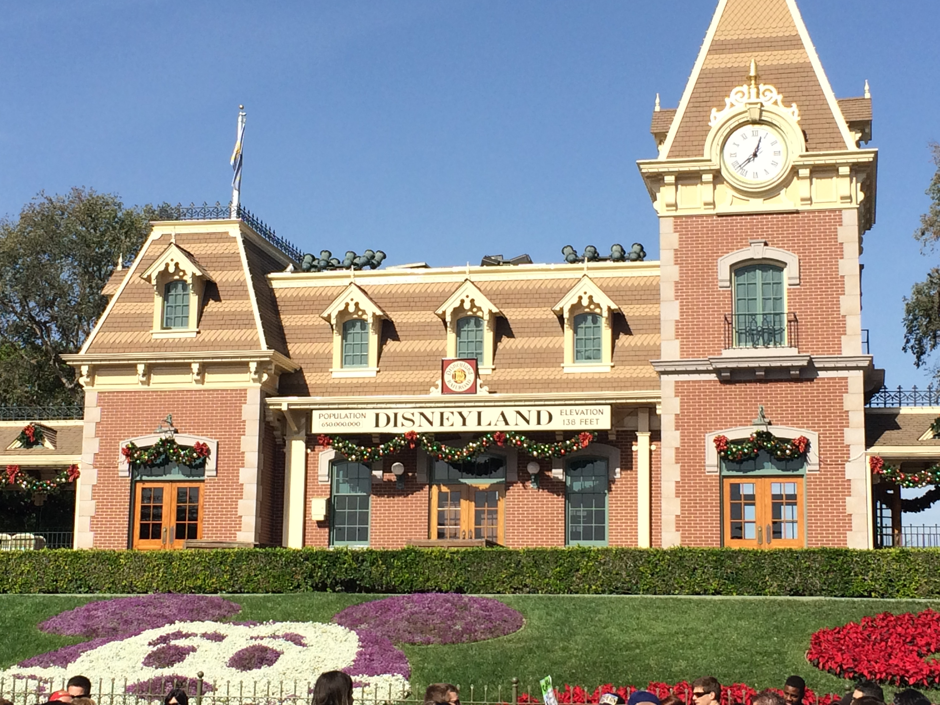 Details on Fastpass+ for Disneyland Resort