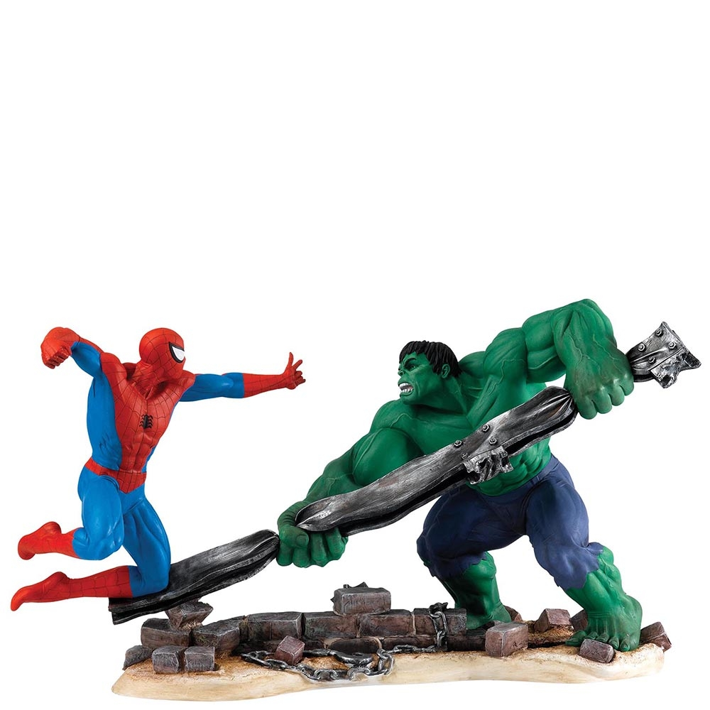 Iconic MARVEL Fighting Scenes Captured by Border Fine Arts Character