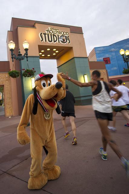 Pluto or Goofy Coming to Virtual Running Shorts '17?