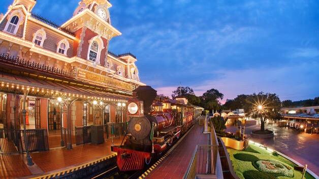Magic Kingdom Railroad To Close For Refurbishment In Early 2017