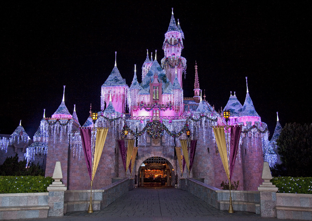 Disneyland Resort Offers Southern California Residents Special 3-day Ticket Prices