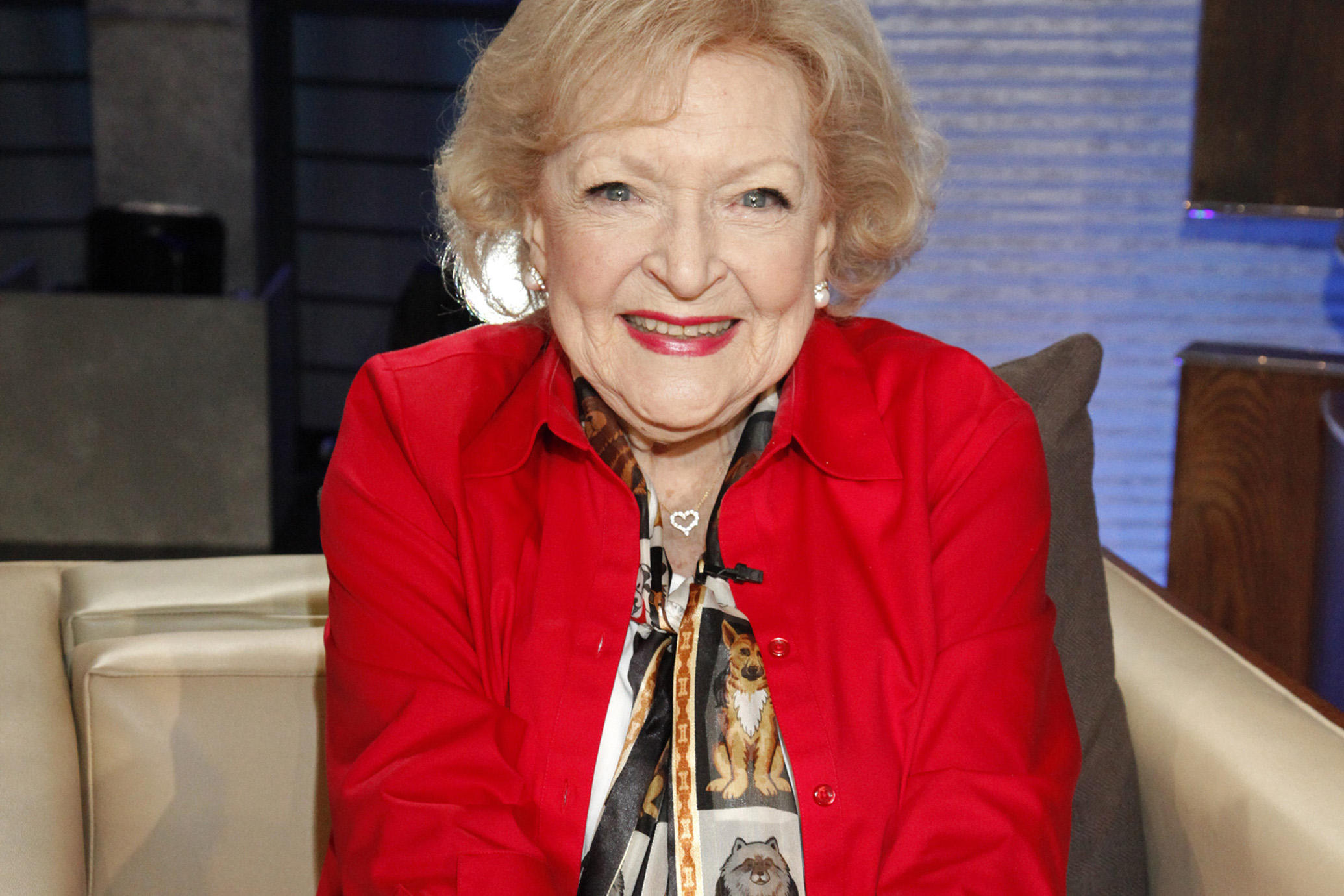 Betty White To Be A Guest Star On Freeform's 'Young & Hungry'
