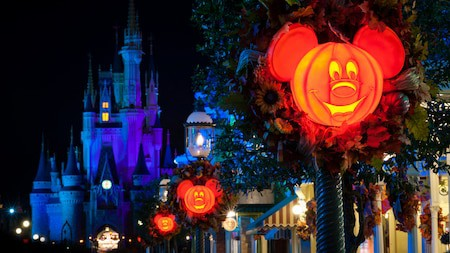 Review: Mickey's Not-So-Scary Halloween Party 2017