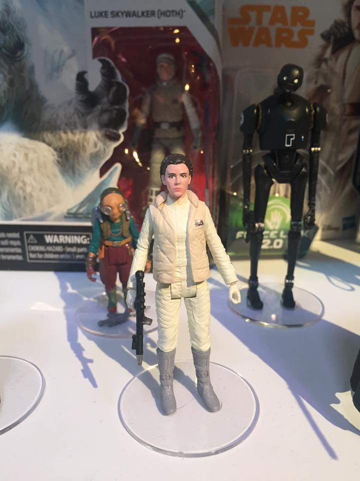 Closer Look At Solo A Star Wars Story Force Link 2 0