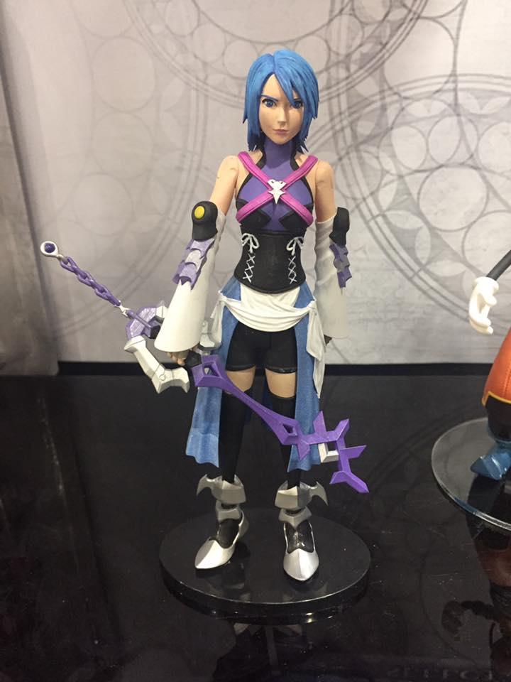 Closer Look At Diamond Select Toy S Kingdom Hearts