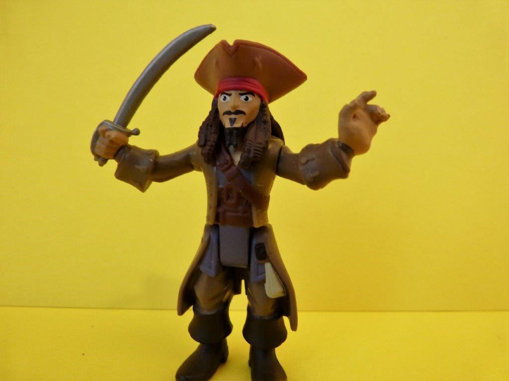 Jack Sparrow vs Ghost Crewman Pirates of the Caribbean Dead Men Tell No Tales