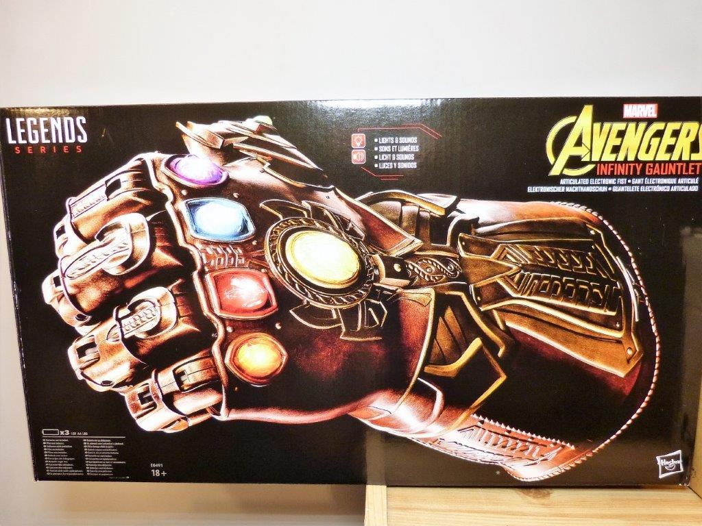 Marvel Legends Infinity Gauntlet Review | | DisKingdom com | Disney