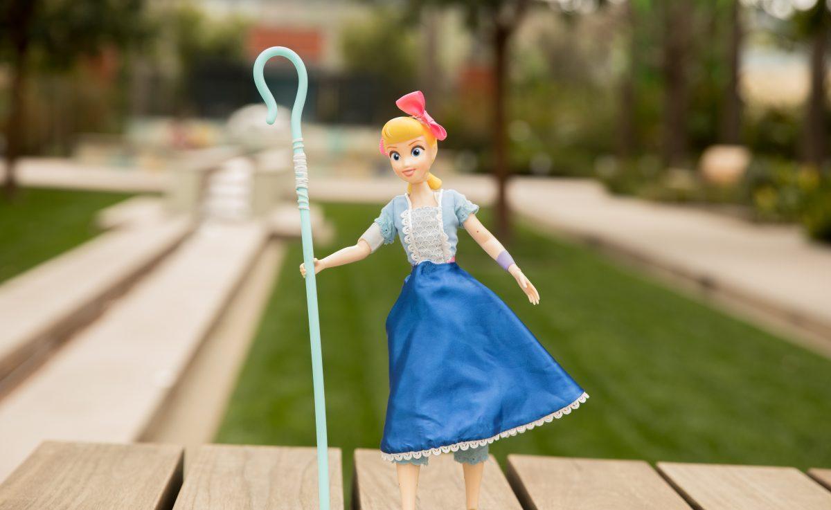 NEW 2019 Barbie DISNEY PIXAR TOY STORY 4 WOODY Fashion Pack